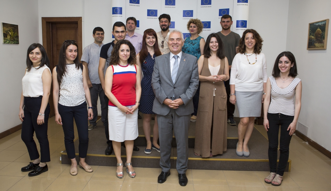 EU Delegation greets Armenian students departing for Erasmus study programmes in Europe