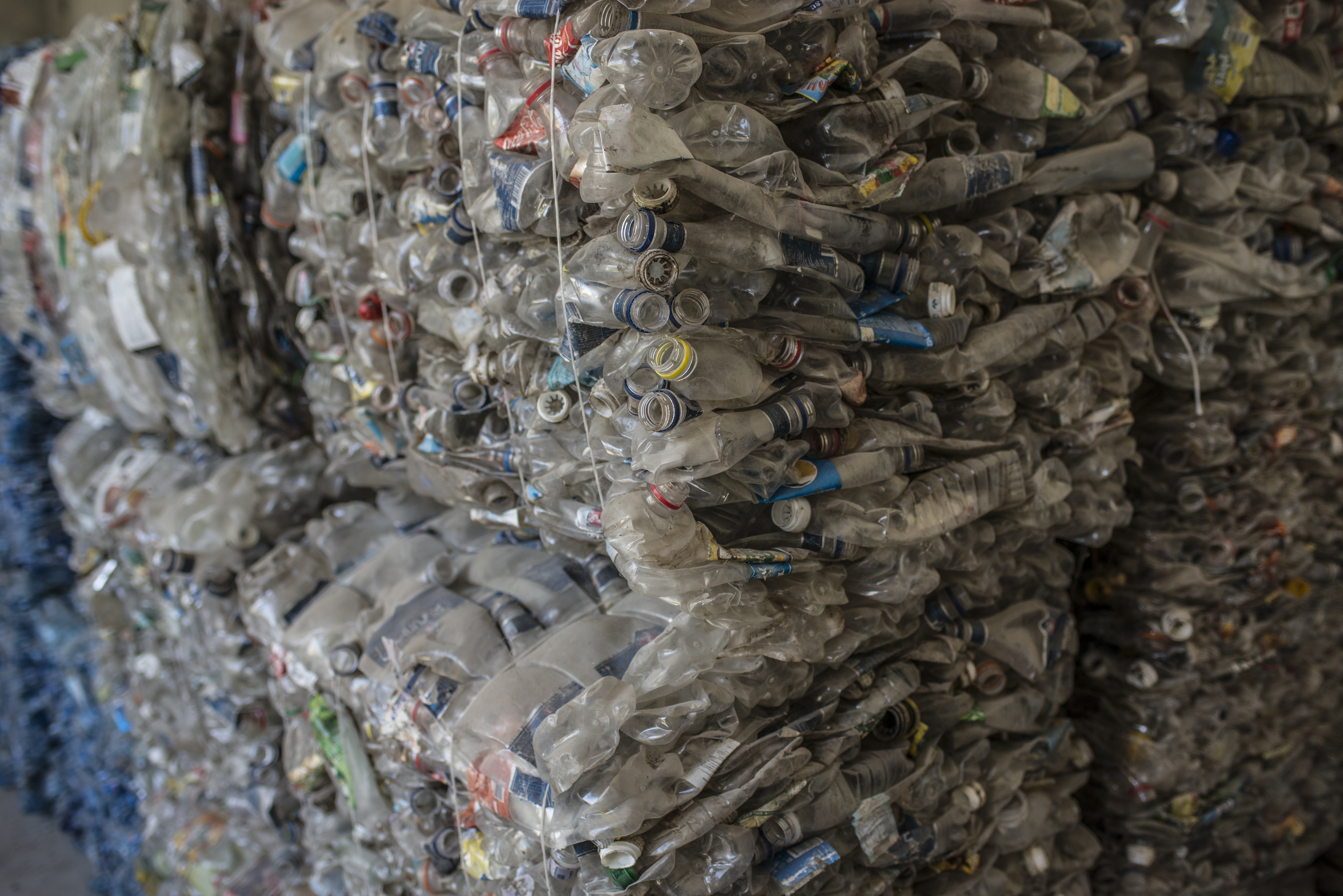 Plastic waste to be recycled into building materials for the first