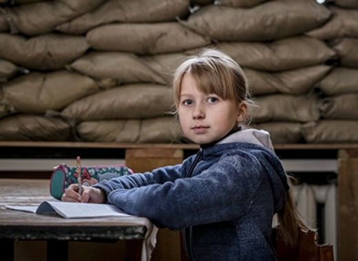 "A schoolgirl in Ukraine. ""We have a responsibility to act to prevent lost generations,"" said Commissioner Stylianides at the launch of the EU's Communication on education in emergencies. © UNICEF"
