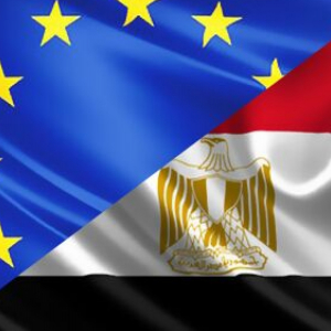 EU-Egypt flags