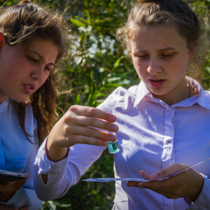 Belarusian schoolchildren take part in the EU-supported river cleanliness project