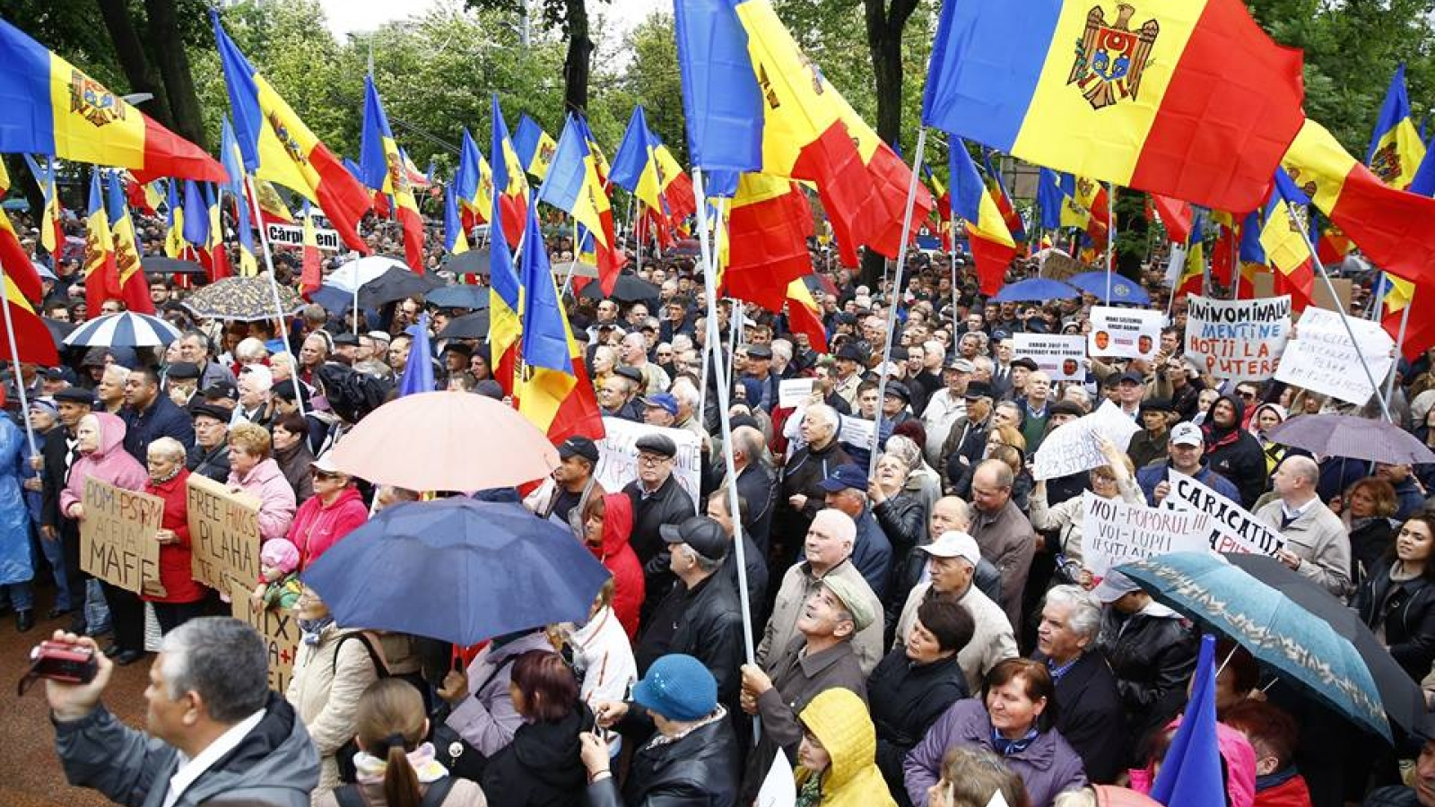 Civil society expresses concerns on fighting corruption and supporting media freedom and human rights in Moldova