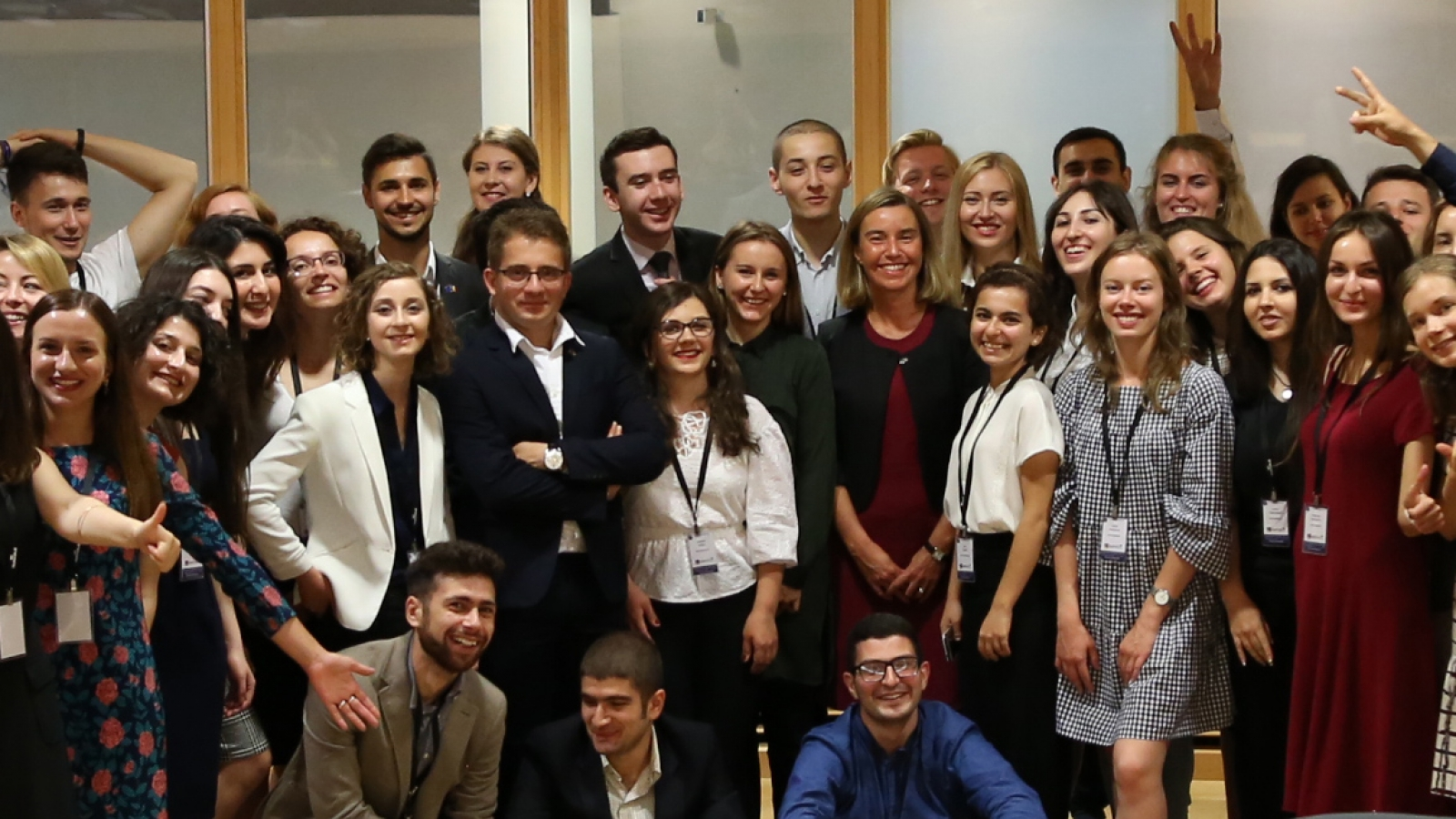 Group photo after interesting discussion with Federica Mogherini