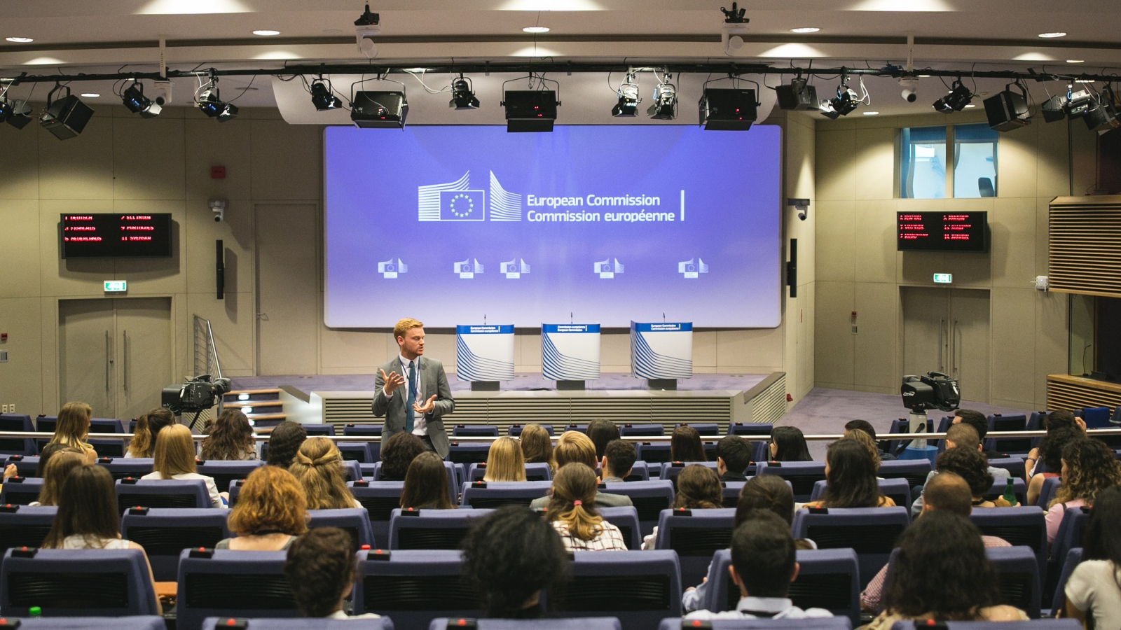Tour to the press rooms at the European Commission's Berlaymont building