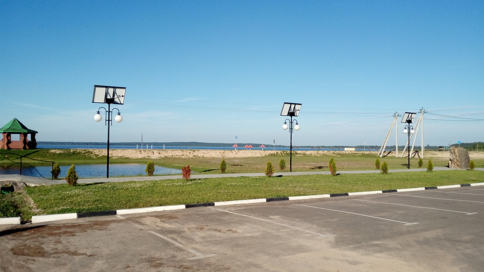 Solar-powered street lights help Braslaŭ become first climate neutral municipality in Belarus