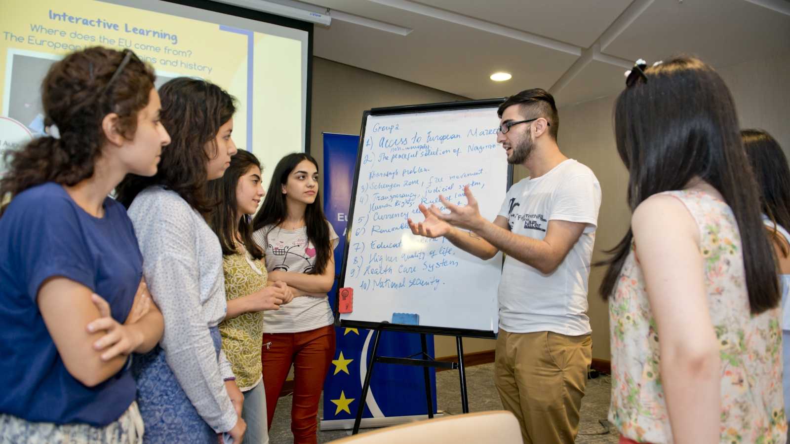 Azerbaijani students engaged into interactive exercises organised within the 'EuroSchool'