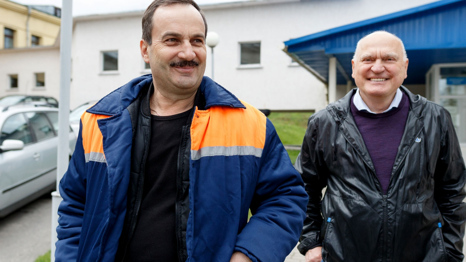 "Andrej Smlokyak, from the Navahrudak hospital administration and Vladimir Kuzjmich, a partner at ""Eneka""."