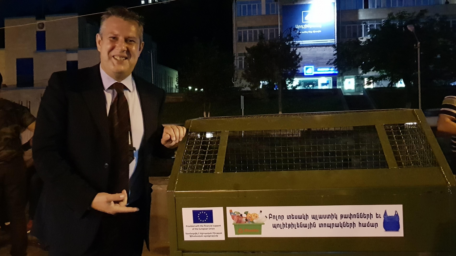 "Andrea Baggioli, Programme Manager at the EU Delegation to Armenia during the ""Turning Environmental Challenges into Opportunities - Introducing construction materials from plastic waste"" project presentation (Kapan, Syunik, 26 May 2018)."