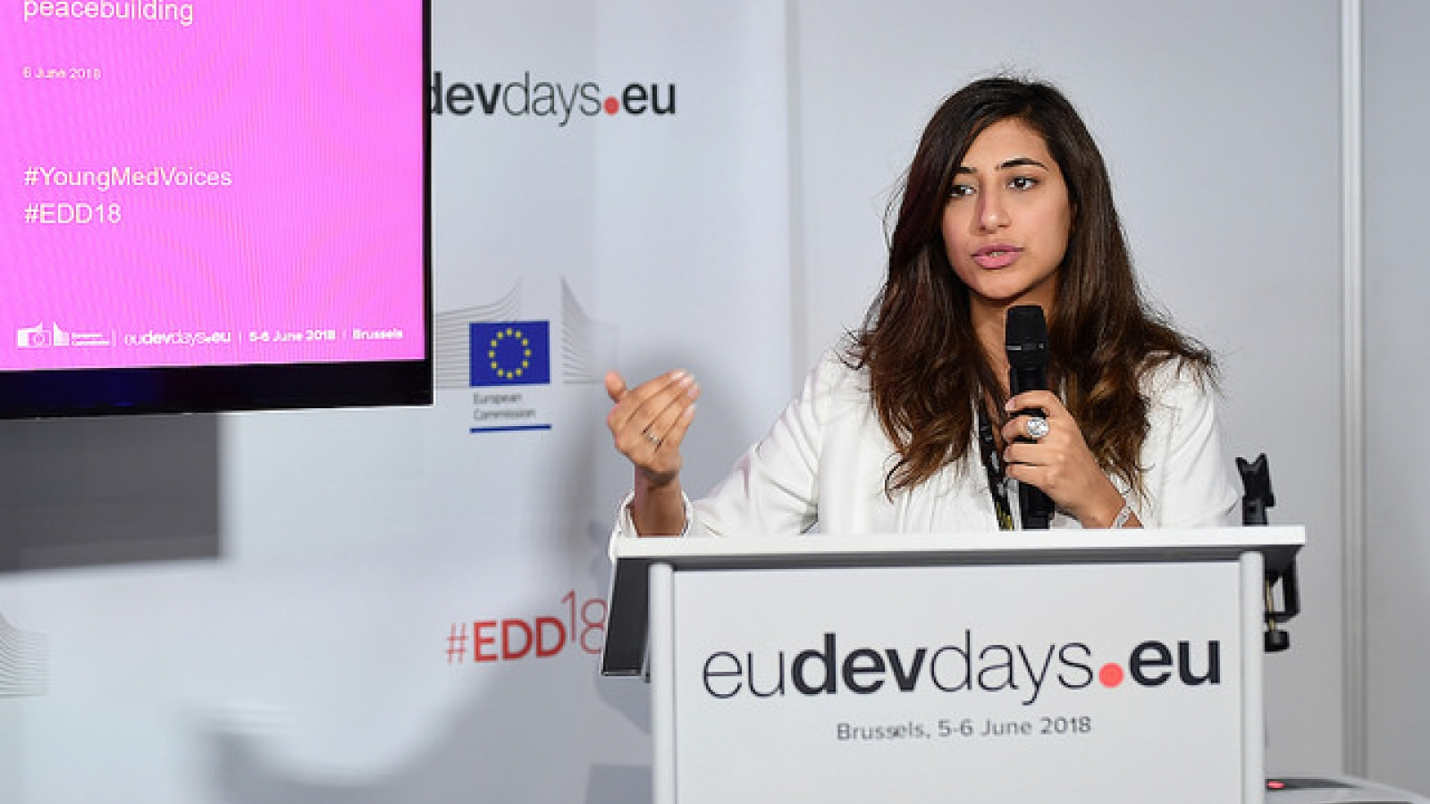 Young Med Voices leads debate on digitally-enabled peacebuilding at European Development Days 2018