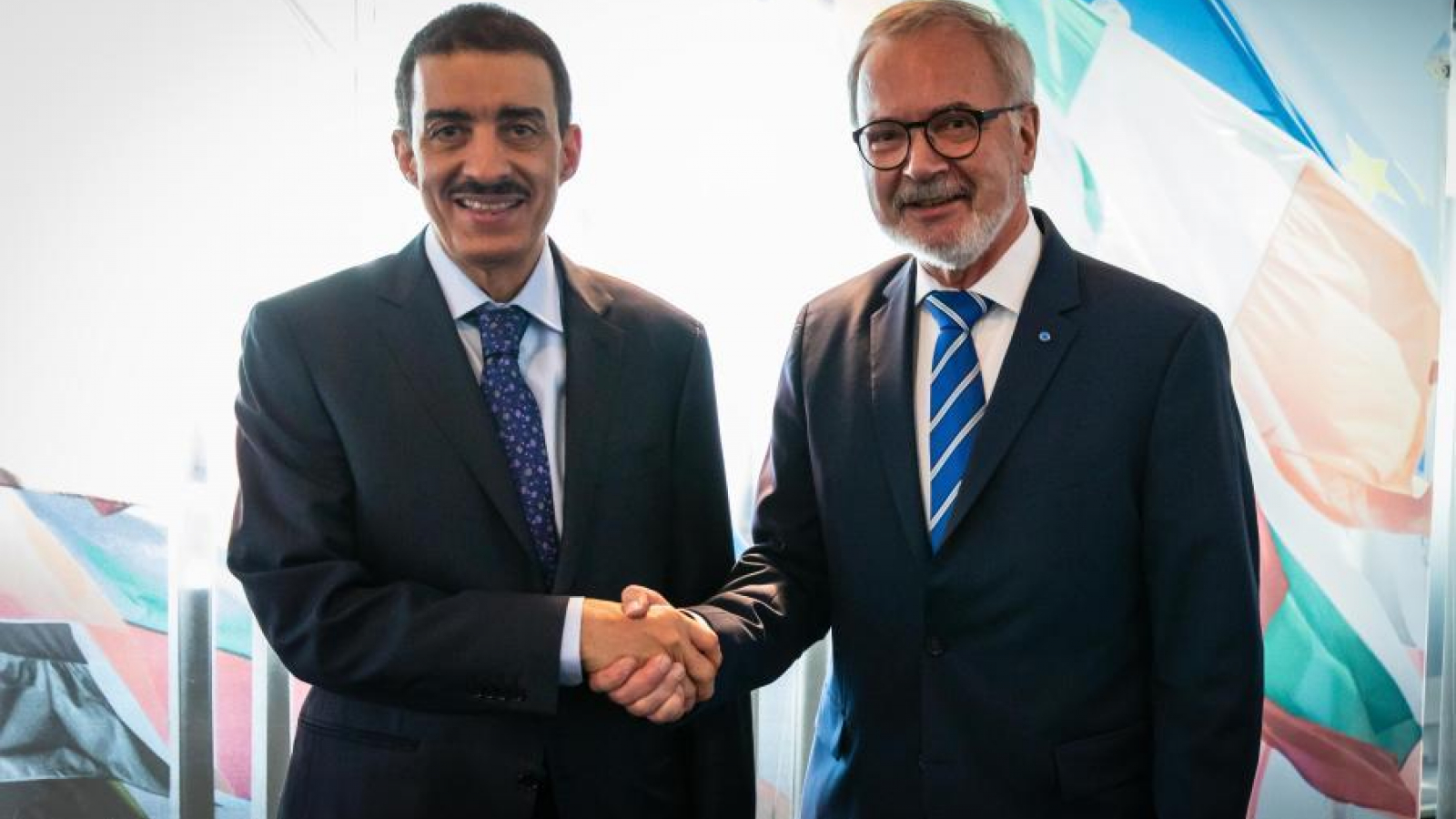 EIB's President, Mr Hoyer and IsDB's President, Mr Hajjar meet at the EIB