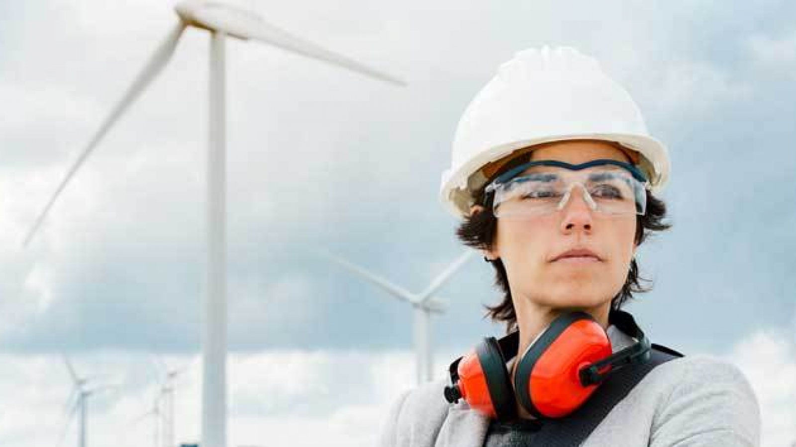 The European Bank for Reconstruction and Development launches programme to support women in green energy in Egypt