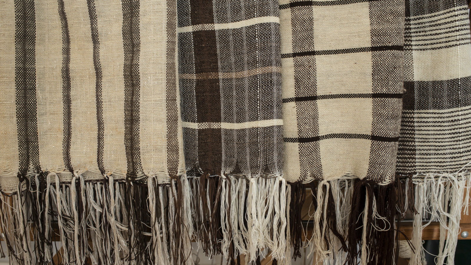 Scarfs produced from Amasia wool